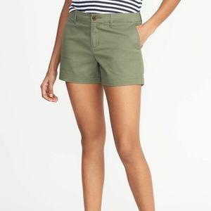 Old Navy Olive Green Everyday Chino Shorts Sz 16